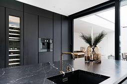 https://rststone.com/black-marble-tile-countertops/